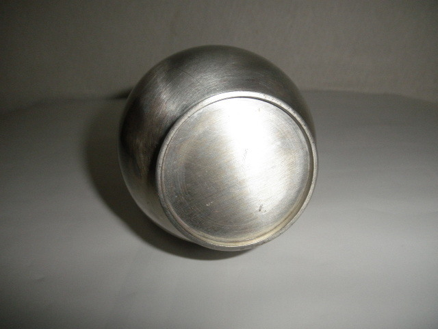 @@西洋アンティーク 銀では? 一輪挿し 銀の一輪挿し アンティーク コレクション レトロ 金属工芸 インテリア 雑貨 _画像4