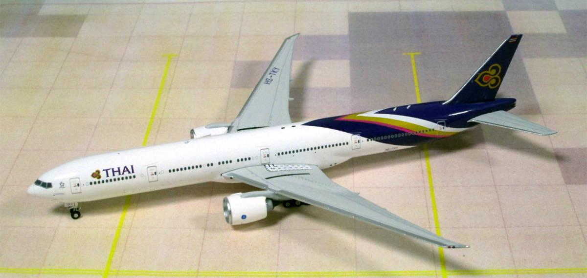 ■Phoenix タイ国際航空 B777-300 HS-TKY 1/400 即決■_画像3
