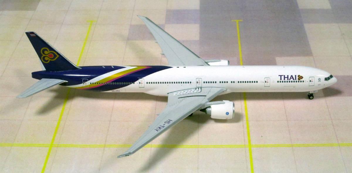 ■Phoenix タイ国際航空 B777-300 HS-TKY 1/400 即決■_画像2
