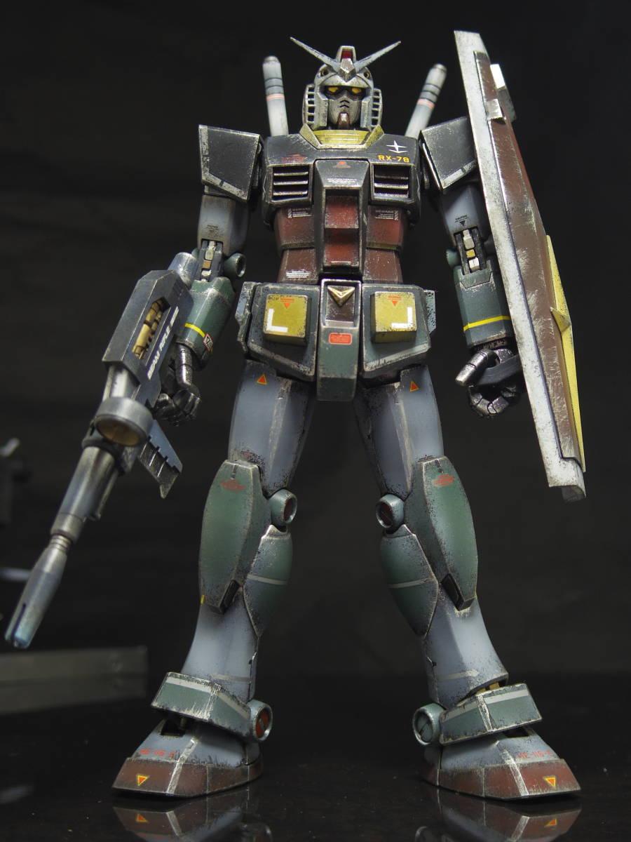 MG 1/100 RX-78-2 ガンダム Ver.2.0 リアルタイプ 完成品_画像6