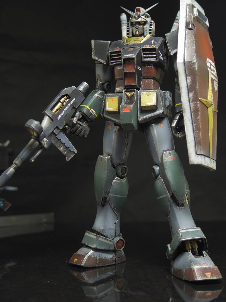 MG 1/100 RX-78-2 ガンダム Ver.2.0 リアルタイプ 完成品
