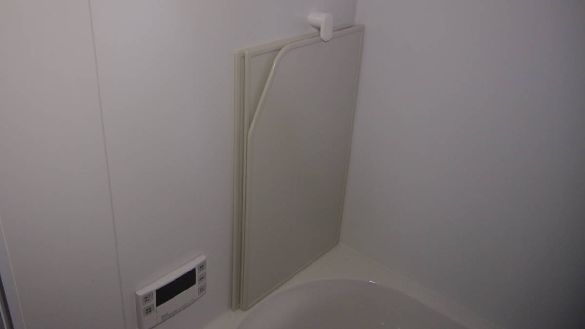 LIXIL ユニットバス マンションタイプ 1418サイズ 左浴槽 BZW-1418LBE 水栓なし 展示品 0408004_画像3