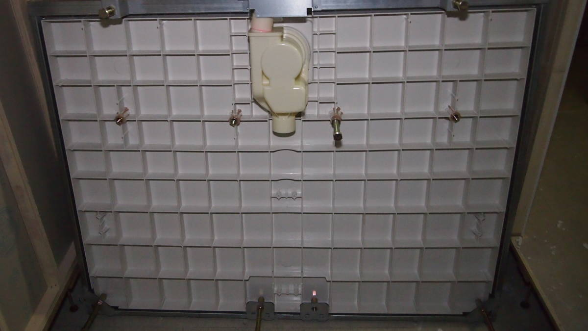 LIXIL ユニットバス マンションタイプ 1418サイズ 左浴槽 BZW-1418LBE 水栓なし 展示品 0408004_画像9