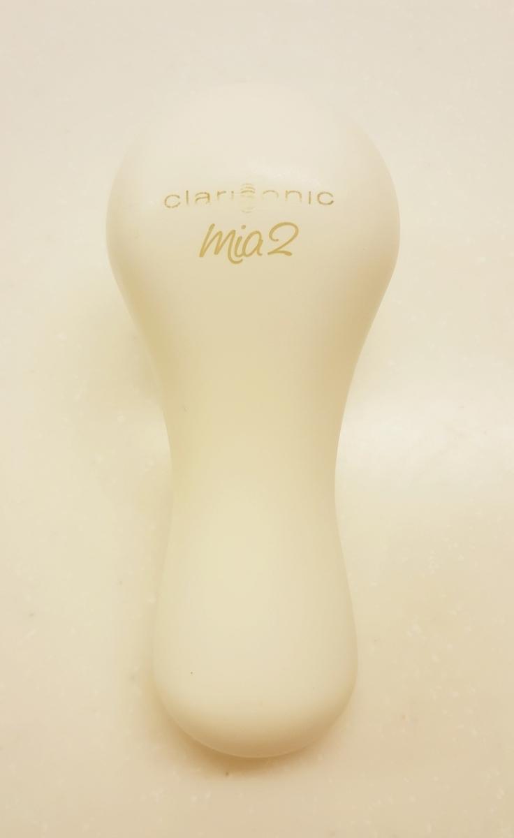 定価2万円 洗顔 クラリソニック ミア2 美顔器 新品ブラシ2つ付き 柔らかヘッド しっかりヘッド 白 透明感 毛穴レス 美肌 美白 ホームケア_画像4