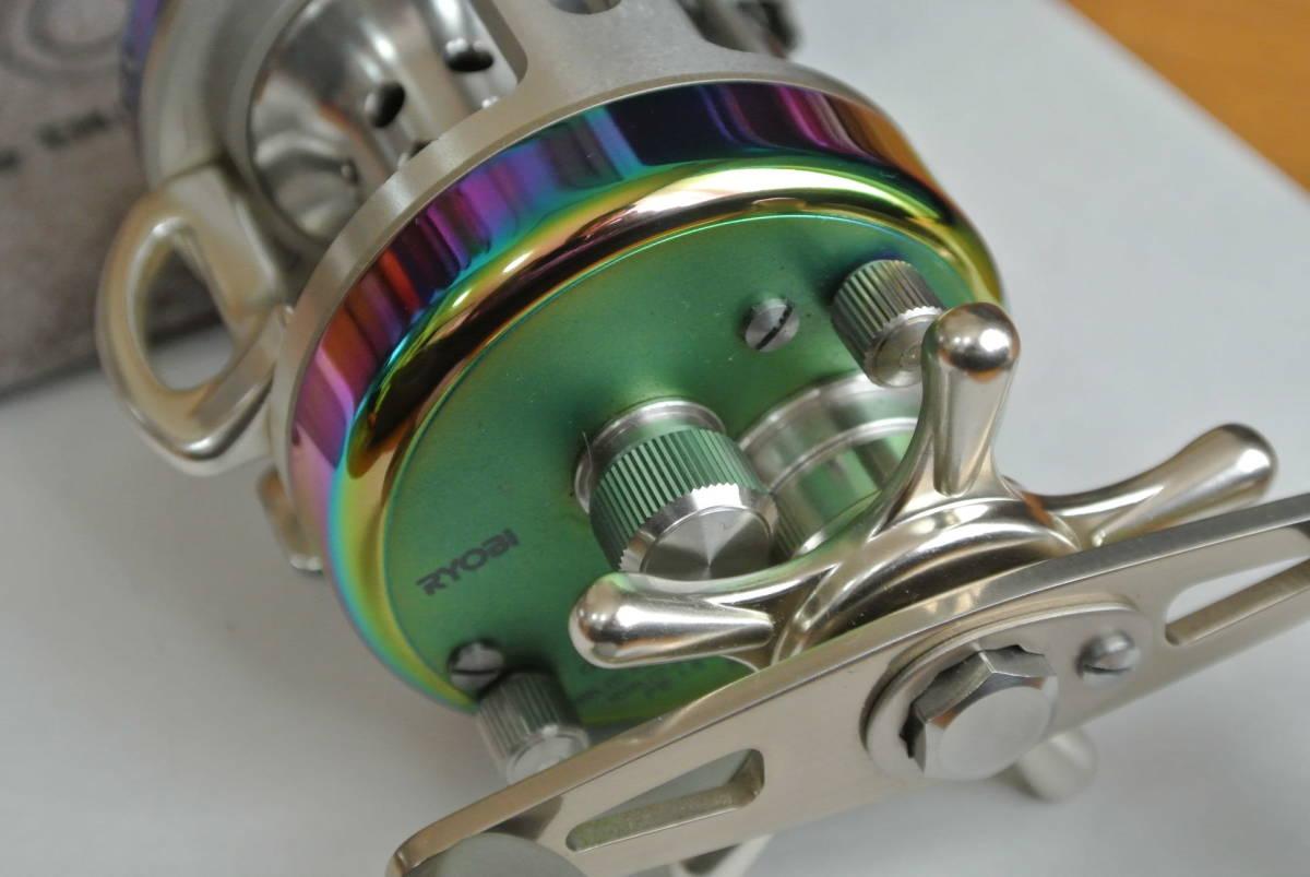 ♪♪未使用 リョービ バリウス スペクトル F200 右巻き 日本製 ♪♪_画像4