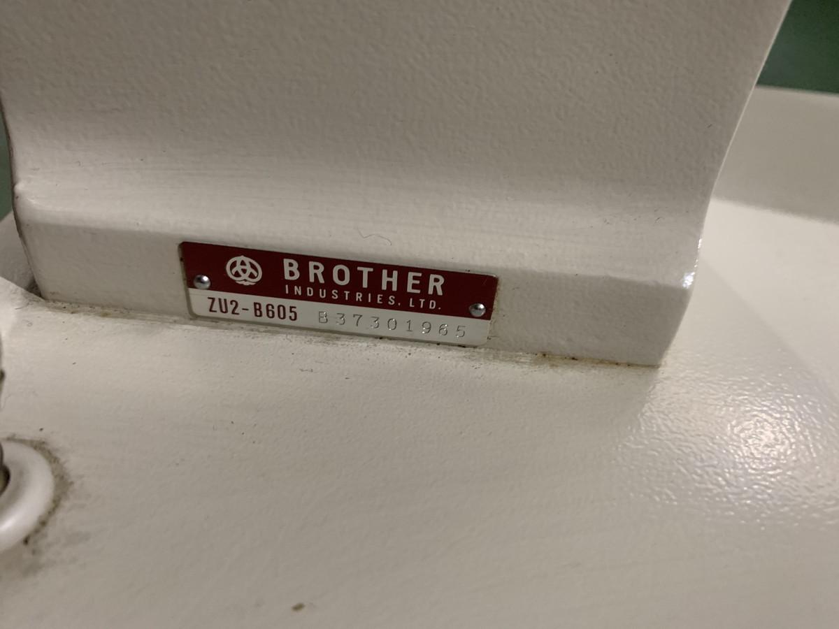 4-183 BROTHER ブラザー ZU2-B605 ミシン (通電のみ 動作未確認) _画像8