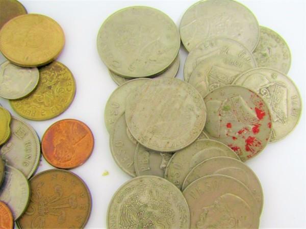 硬貨 古銭 いろいろおまとめ 日本 世界 アメリカ フランス アルゼンチン メキシコ ペルー ブラジル 香港 マレーシア 等 約2.6㎏_画像2
