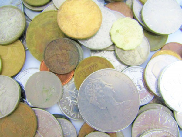 硬貨 古銭 いろいろおまとめ 日本 世界 アメリカ フランス アルゼンチン メキシコ ペルー ブラジル 香港 マレーシア 等 約2.6㎏_画像6