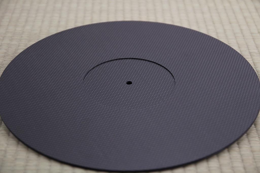 3928 ★特注品 ドライカーボン製 ターンテーブルシート 厚み 3mm レコード スリップマット CFRP プレート 板 ボード 炭素繊維 LP EP ♪1123_画像7