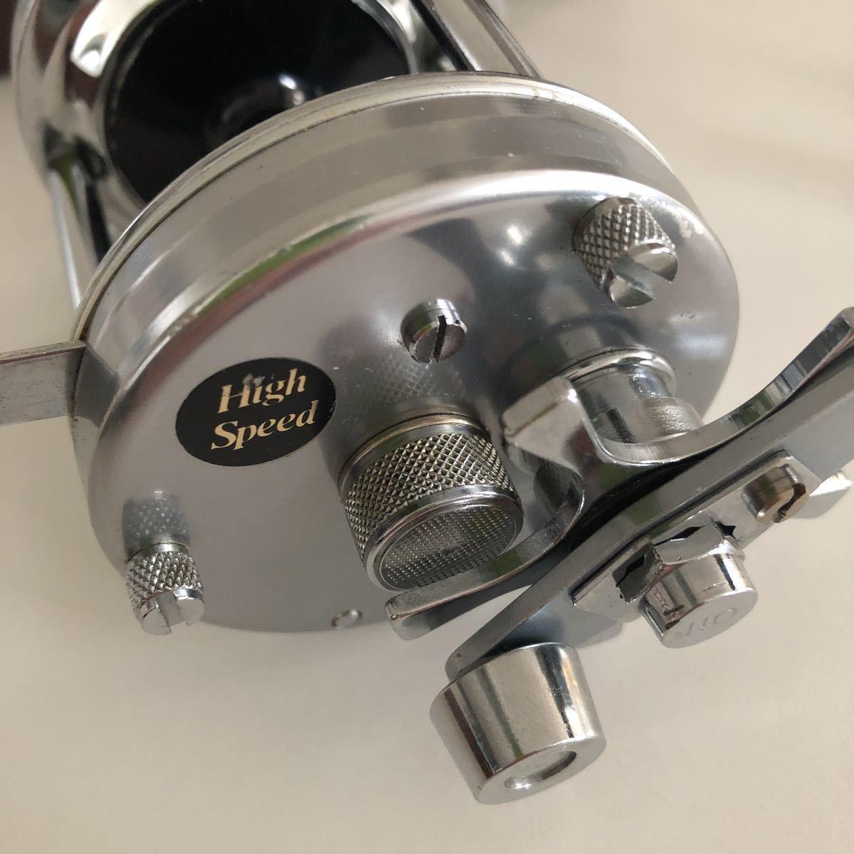 美品 ABU 6500C 79年 ブラックステッカーモデル シルバー 革ケース付属付き/アブ ambassadeur 雷魚_画像5