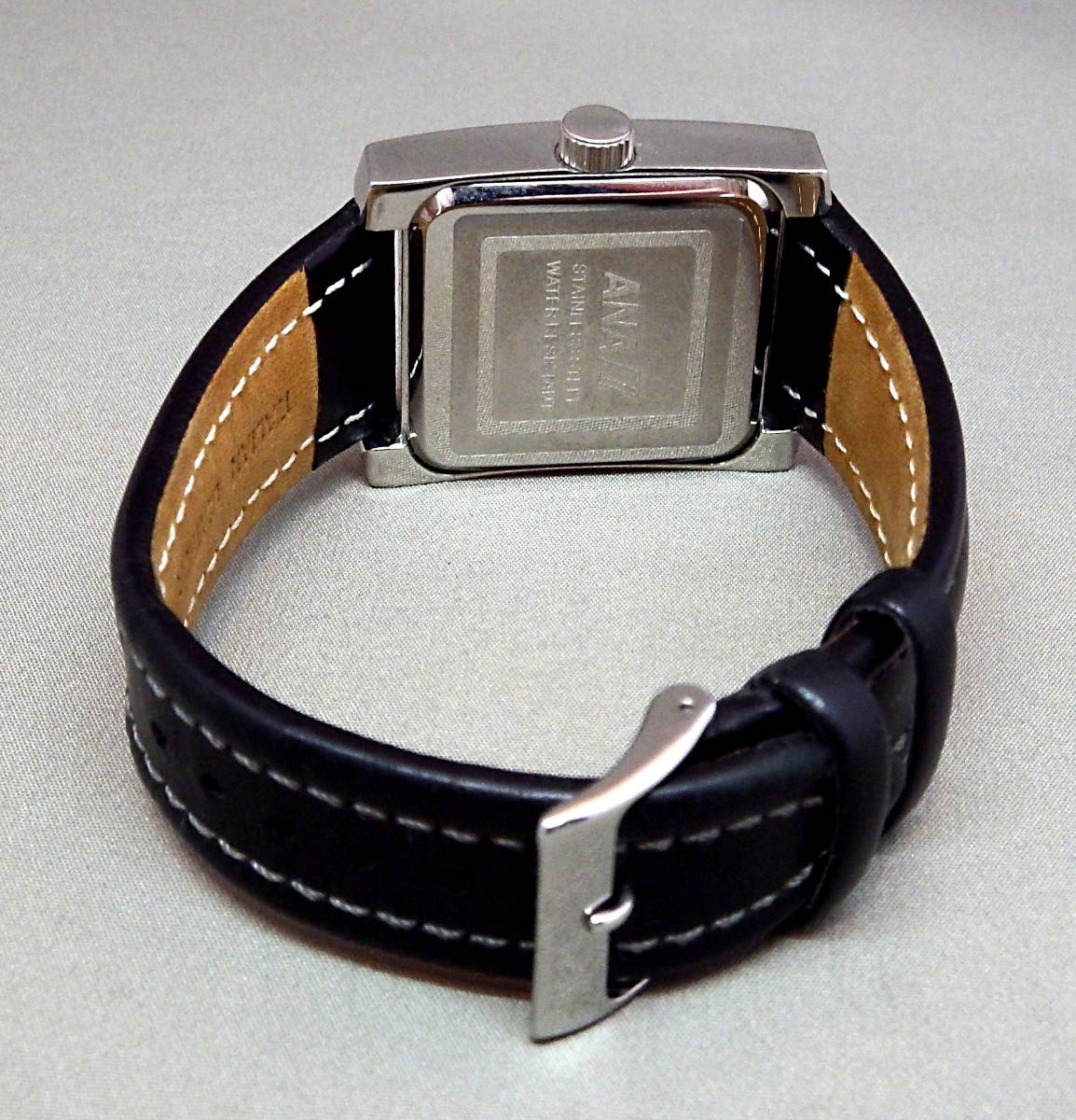 EU-9674■ANA メンズ腕時計 3針カレンダ- 角型 革バンド 中古_画像3