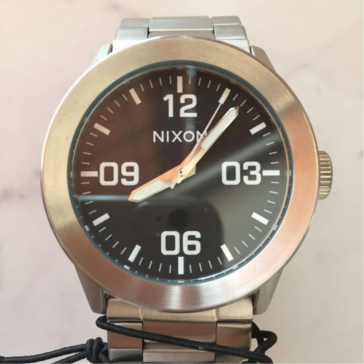 新品箱付き NIXON ニクソン 腕時計 PRIVATE プライベート A276-000 ブラック メタル A276000