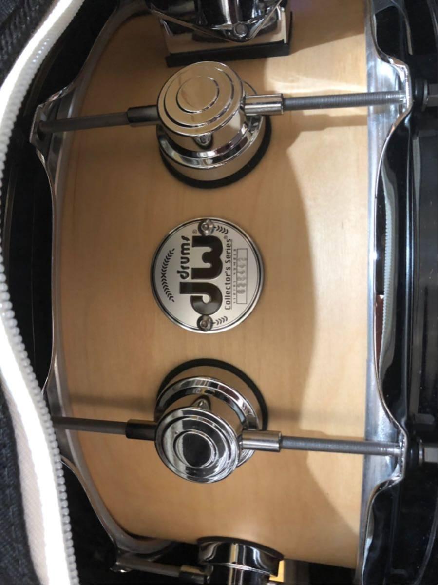 DW スネアドラム_コレクターズメイプル14×6_ [ほぼ新品]DW-CL 1460 SD/SO-NAT/C(イケベ楽器ドラムステーションで購入)_画像2