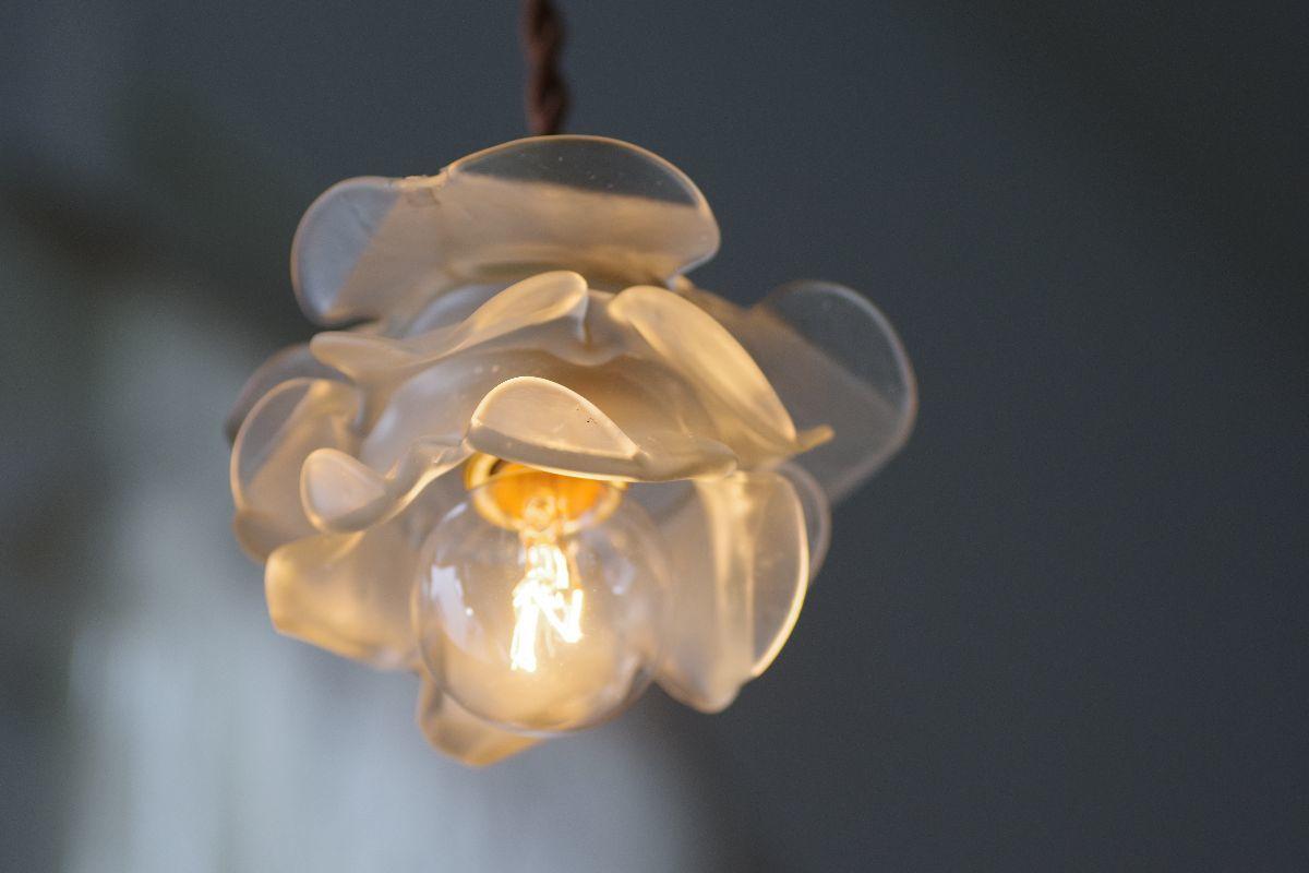 難ありA*フランスアンティーク ローズガラスシェード /薔薇電傘シャンデリア照明ランプソケットリネンレース