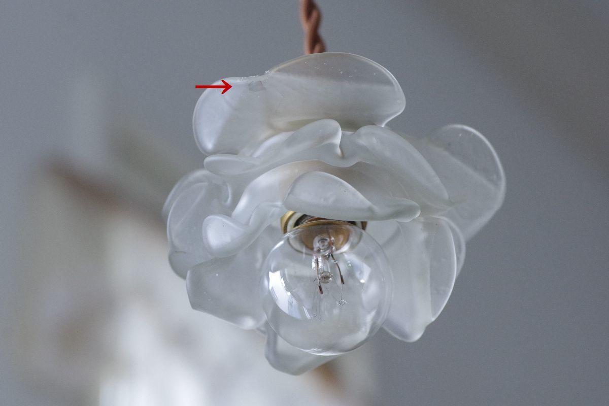 難ありA*フランスアンティーク ローズガラスシェード /薔薇電傘シャンデリア照明ランプソケットリネンレース_画像3