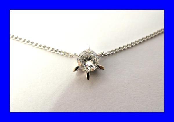 ○新品同様 一粒 ダイヤ 0.609ct プラチナ Pt900 ネックレス 3.8g N0015_画像1