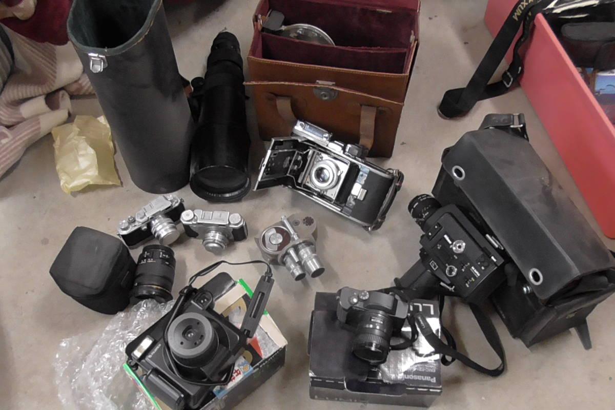 カメラ・レンズ・双眼鏡等大量ジャンク出品です。_画像2