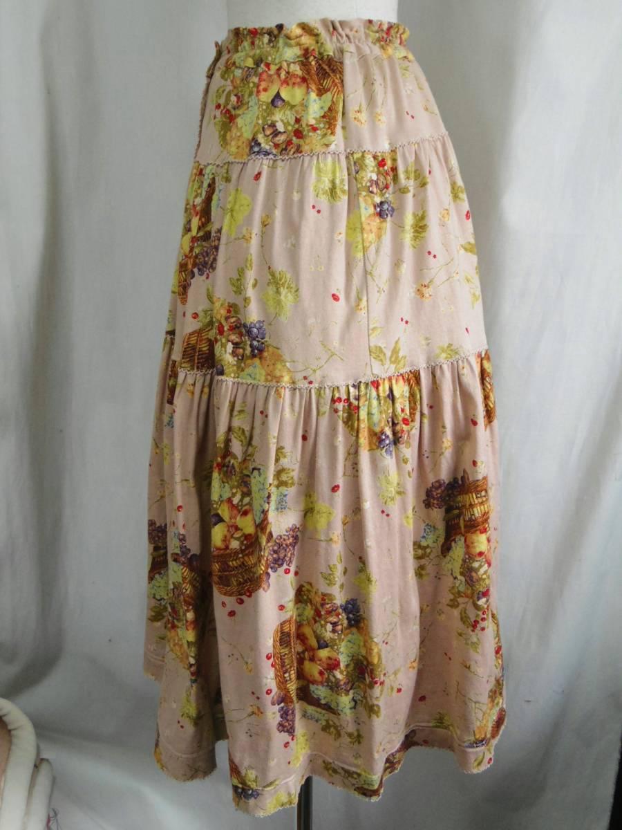 即決!!カネコイサオ KANEKO ISAO 綿100% くすんだピンクベースに果物のかごプリントのロングスカート 中古 ウエストゴム_画像5