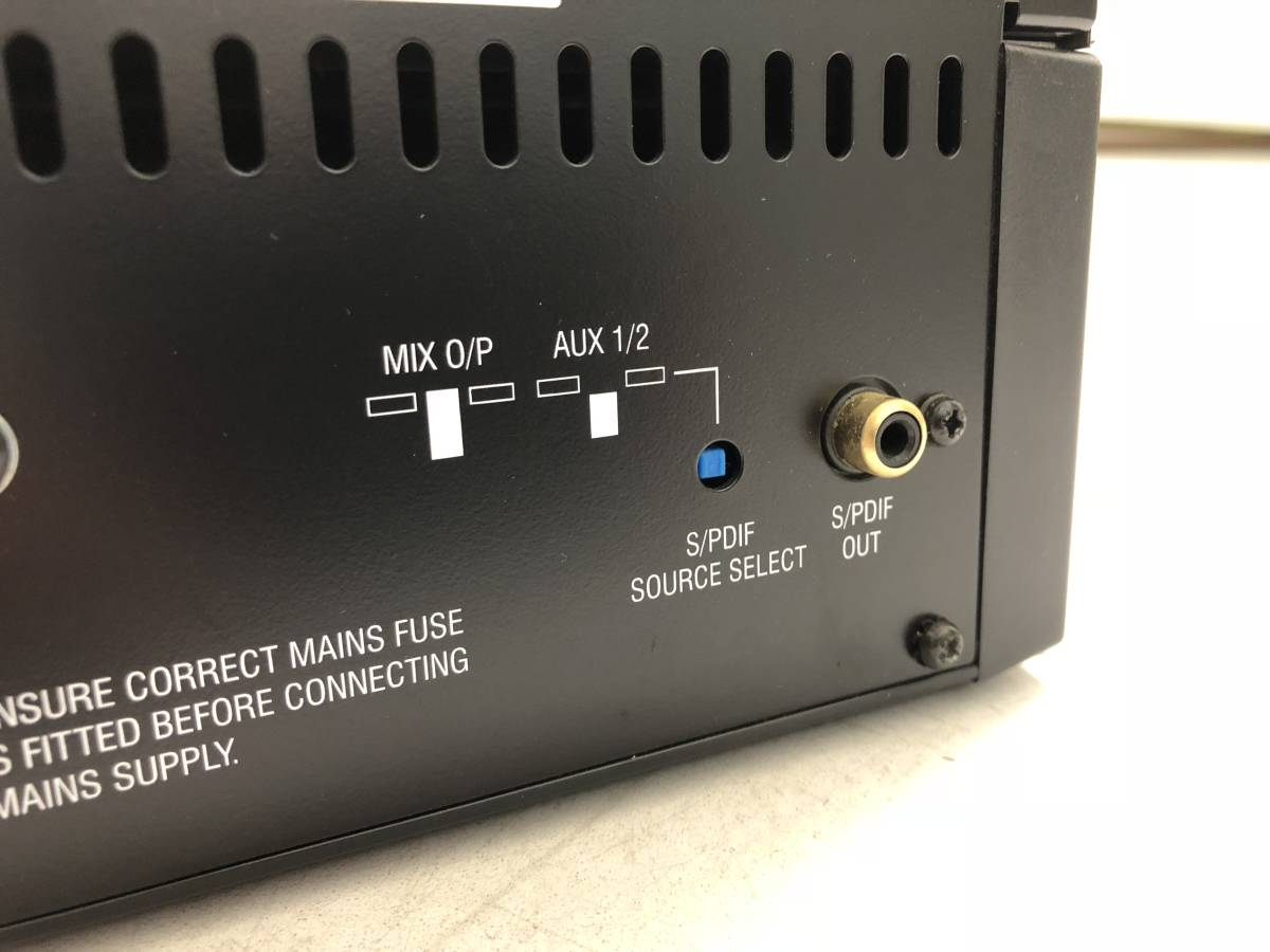 0522 値下げ SoundCraft SPILIT M8 16ch入力4AUX+ST出力ミキサー100mmフェーダー_画像3