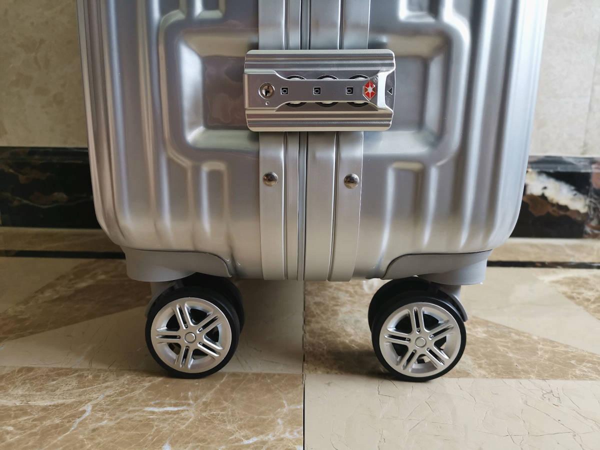 高級※メルセデス・ベンツ/Mercedes-Benz アルミフレーム・軽量/静音・オリジナル・スーツケース・キャリーケース・銀/45L_画像6