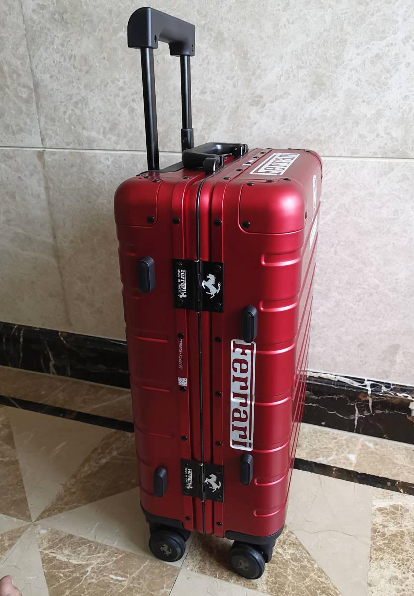 最高峰※Ferrari・オールアルミ・マグネシウム合金・スーツケース/キャリーケース・赤※フェラーリF1チーム用装備_画像5