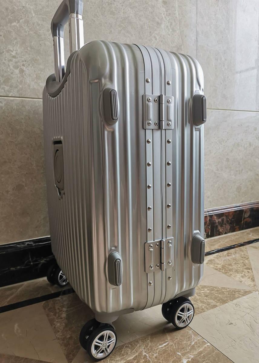高級※メルセデス・ベンツ/Mercedes-Benz アルミフレーム・軽量/静音・オリジナル・スーツケース・キャリーケース・銀/45L_画像5