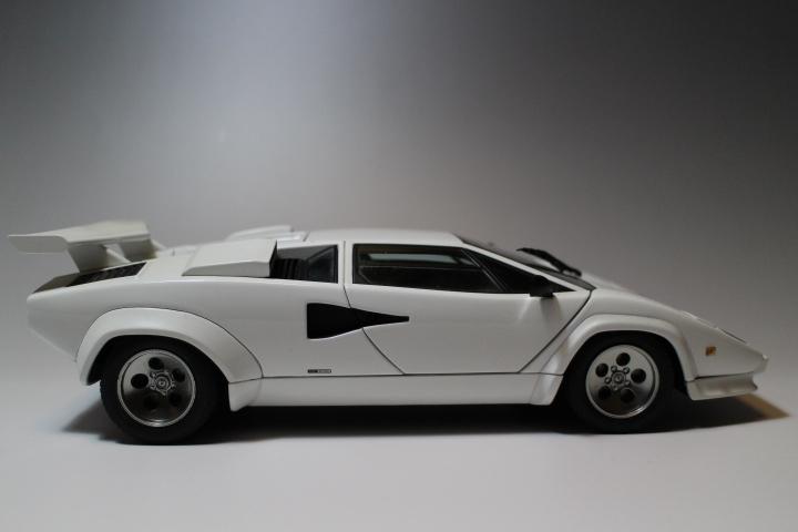 オートアート 『 ランボルギーニ カウンタック 5000S 』1/18 AUTOart Lamborghini COUNTACH_画像4