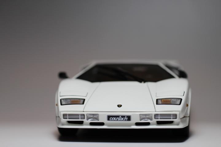 オートアート 『 ランボルギーニ カウンタック 5000S 』1/18 AUTOart Lamborghini COUNTACH_画像2