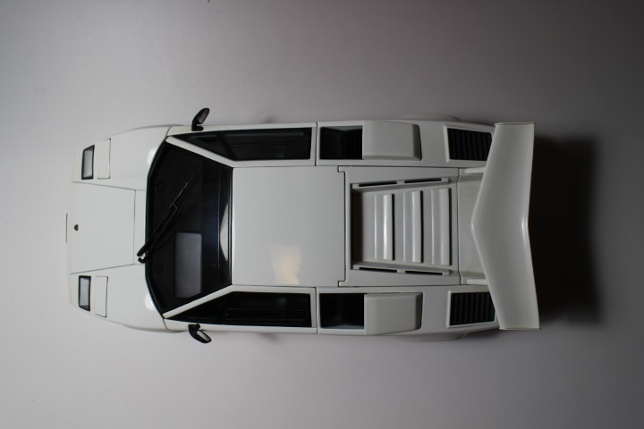 オートアート 『 ランボルギーニ カウンタック 5000S 』1/18 AUTOart Lamborghini COUNTACH_画像5