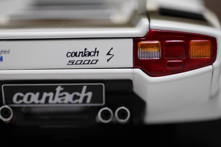 オートアート 『 ランボルギーニ カウンタック 5000S 』1/18 AUTOart Lamborghini COUNTACH_画像10