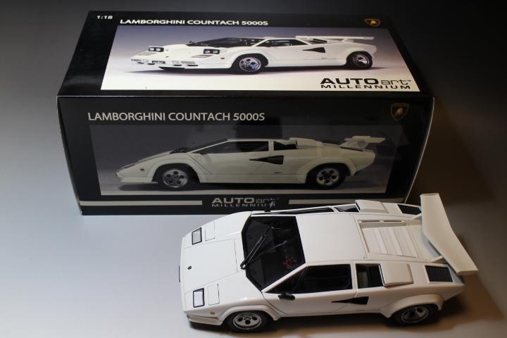オートアート 『 ランボルギーニ カウンタック 5000S 』1/18 AUTOart Lamborghini COUNTACH