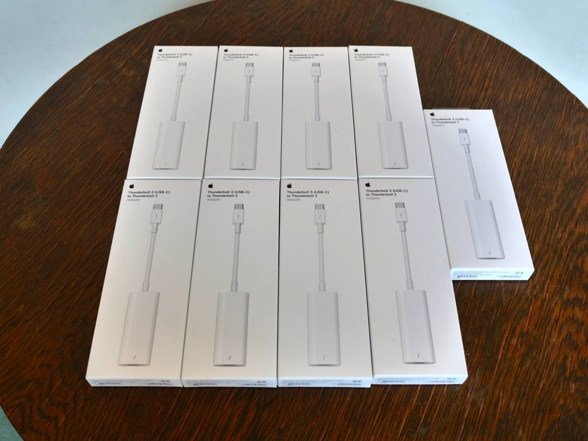 【新品】Apple純正 Thunderbolt 3(USB-C) to Thunderbolt 2 アダプター_画像3