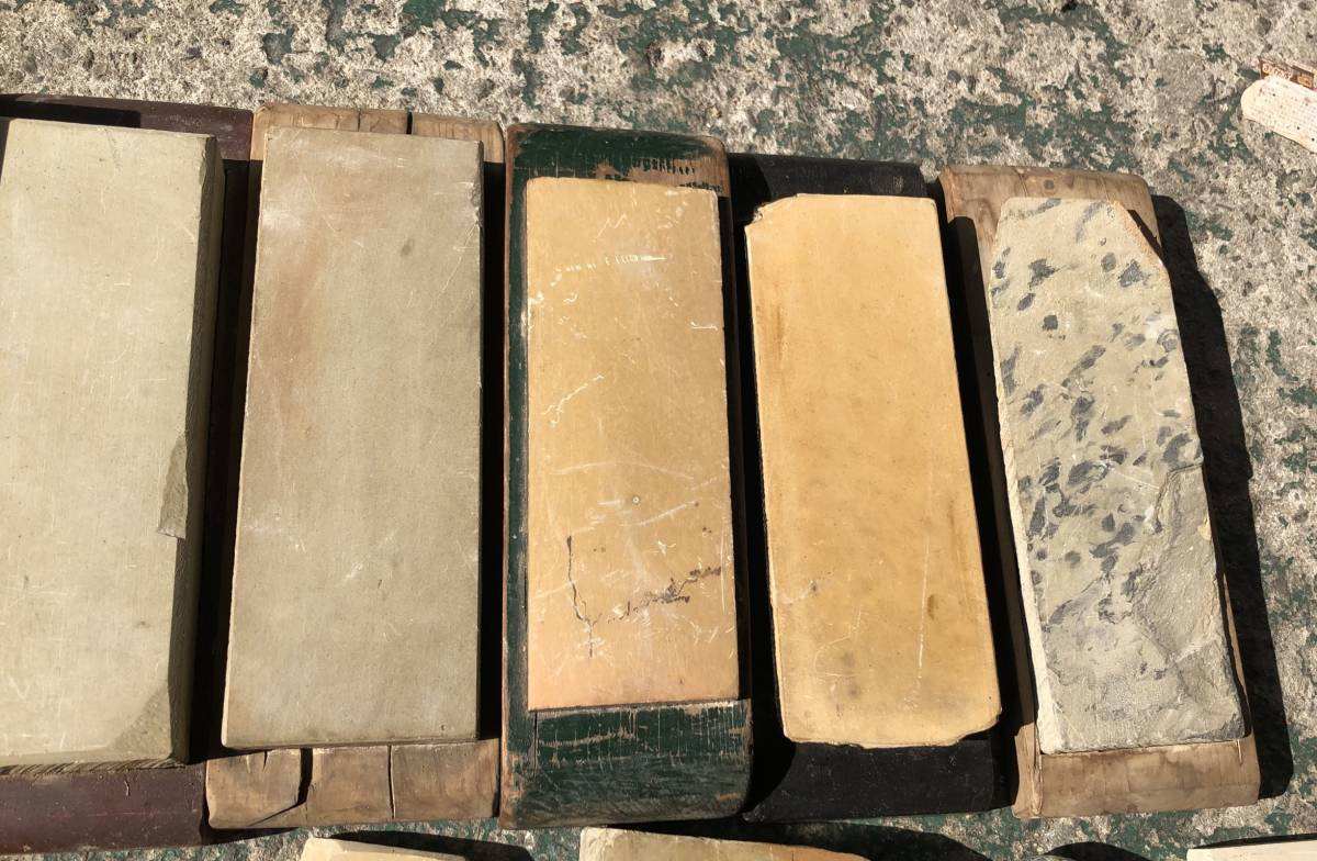 ②古い理容室 砥石 砥石台 大量セット レトロ_画像4