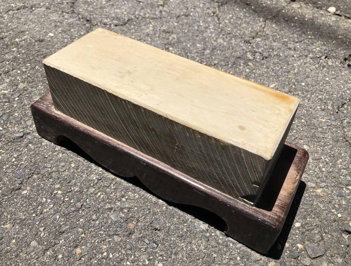 古い理容室 砥石 砥石台 レトロ