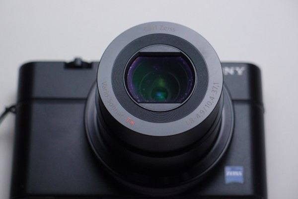 SONY DSC-RX100 1インチCMOSセンサー F1.8大口径レンズ搭載 光学3.6倍ズーム 2020万画素 デュアルノイズリダクション 送料無料_画像6