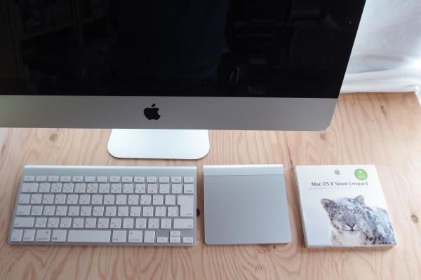 Apple iMac 21インチ Mid 2011 CPU i5 2.5GHz メモリ8GB HDD 500GB AMD Radeon HD 6750M DVD内蔵 キーボード マジックマウス付き 送料無料_画像2