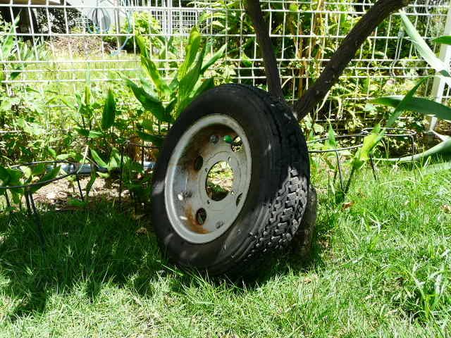 【これは、ゴミかオブジェです】 ホンダ・モンキー・ゴリラ  8 インチ ホイール・タイヤ 前後セット_画像6