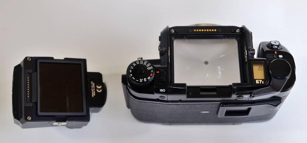 ★美品★程度良 PENTAX  ペンタックス中判 フイルムカメラ 67Ⅱ  標準レンズ3本セット 105mm 55mm 200mm _画像9