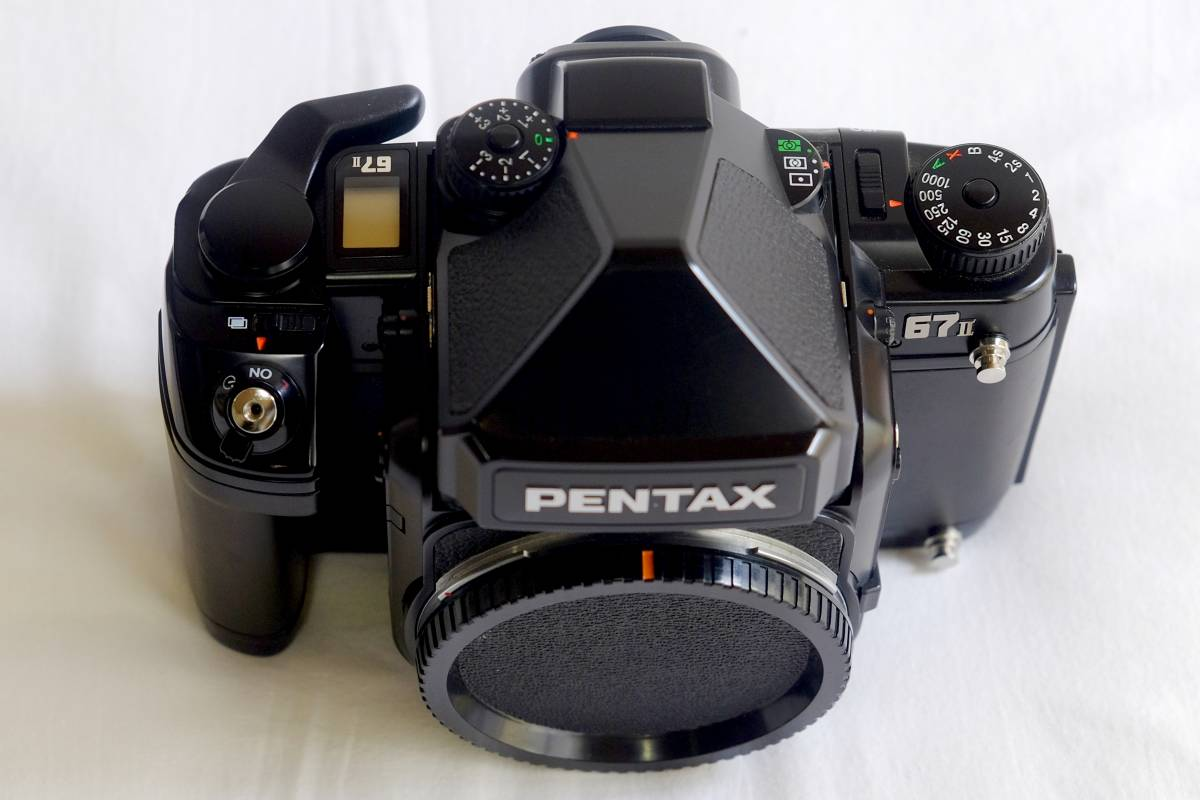 ★美品★程度良 PENTAX  ペンタックス中判 フイルムカメラ 67Ⅱ  標準レンズ3本セット 105mm 55mm 200mm _画像2
