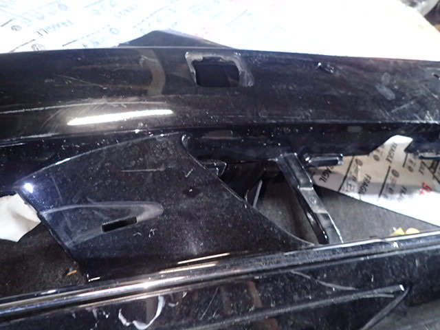 ベンツ Sクラス W221 後期 フロントバンパー ブラック a2218803040_画像2