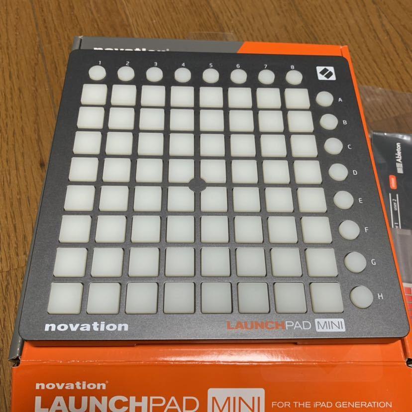 Novation Launchpad Mini / MIDIコントローラー