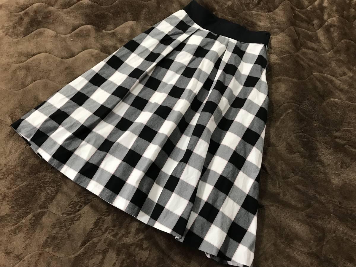 ブルーレーベル クレストブリッジ 美品 36 ロング スカート ミモレ 黒 チェック ゆったり バーバリー_画像2