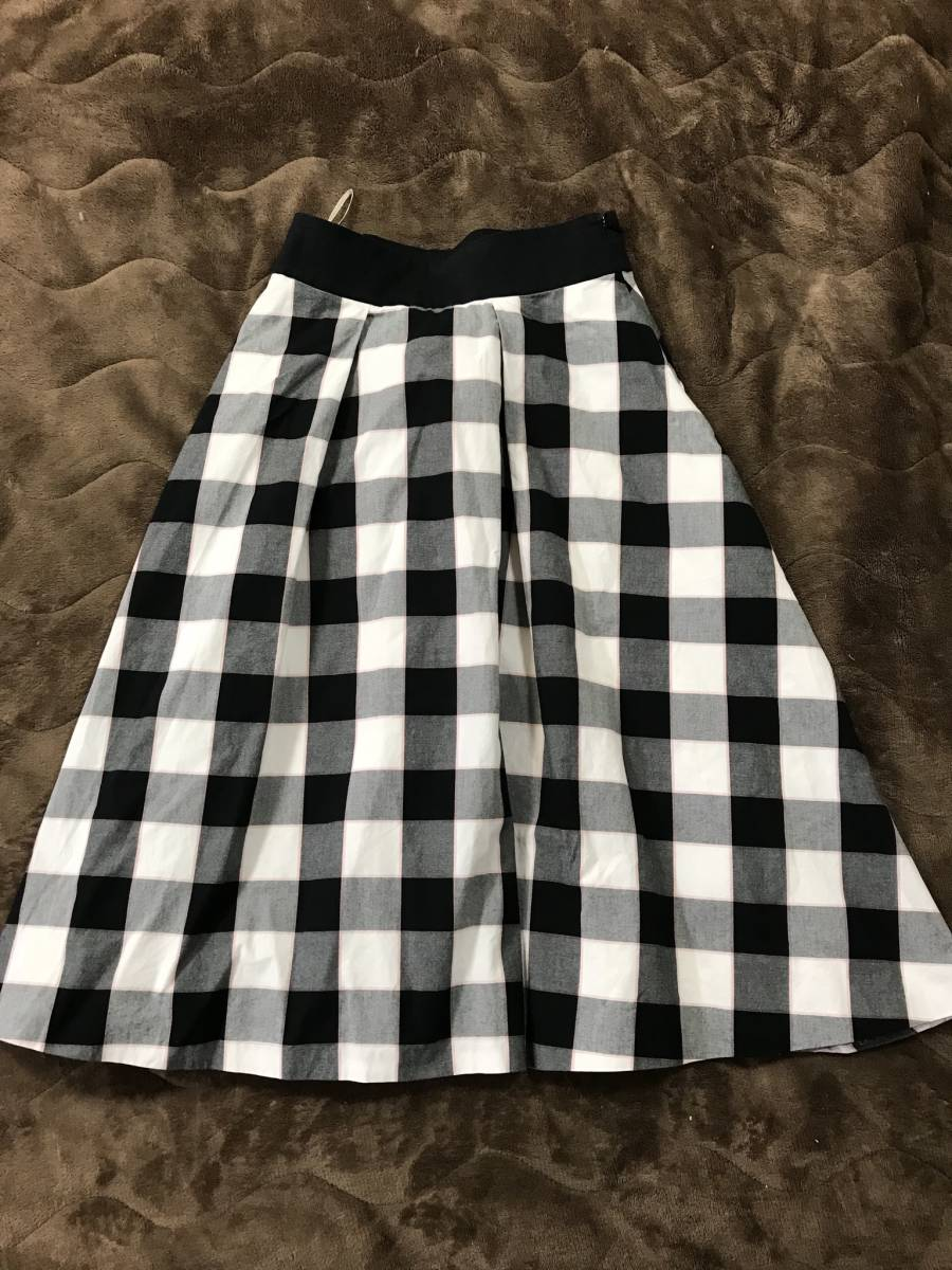 ブルーレーベル クレストブリッジ 美品 36 ロング スカート ミモレ 黒 チェック ゆったり バーバリー