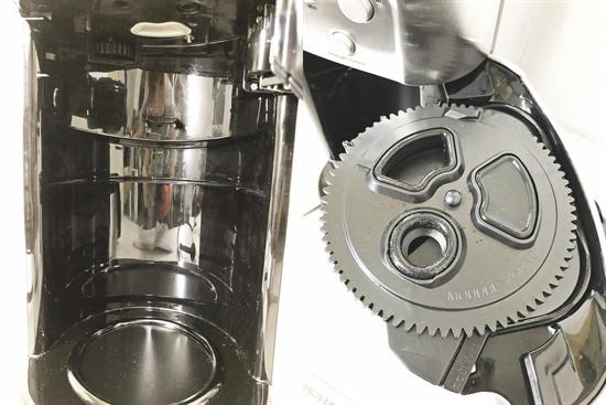 CF4893a 12-cup オートマチックコーヒーメーカー ミル・タイマー付き全自動 DGB-900PCJ2 2018年製_画像4