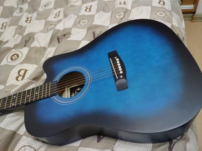 38寸インチの黒青の木ギター