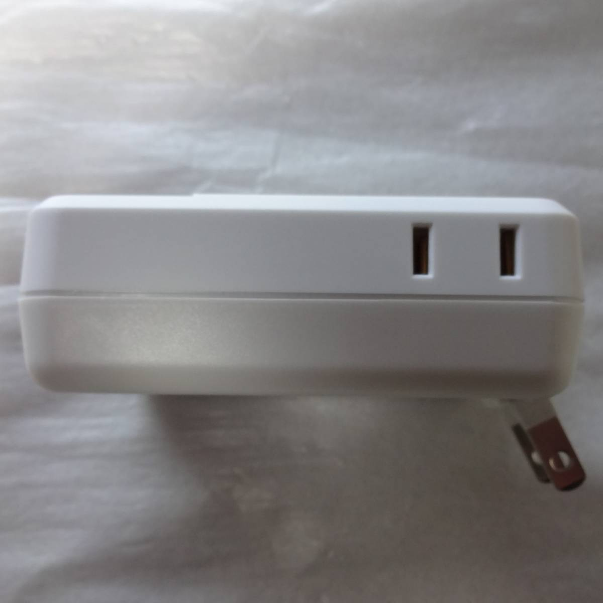TOPLAND / トップランド USB急速充電2ポート + 雷ガード付き ACコンセント4個口 M4154W_画像4