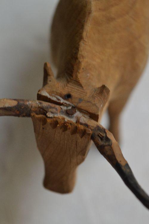 珍品フランスアンティーク カマルグの牛 木のオブジェ 西洋民藝_画像3