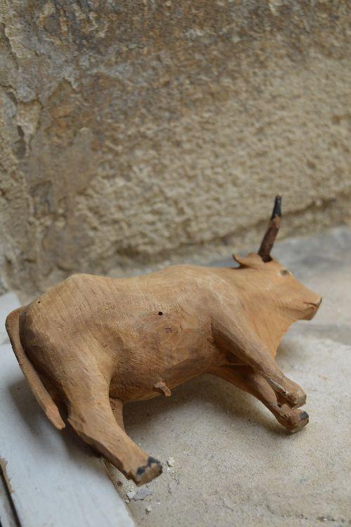 珍品フランスアンティーク カマルグの牛 木のオブジェ 西洋民藝_画像10