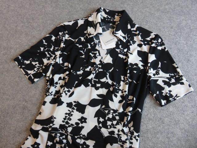 ☆新品!定価42,000円!MOGA モガ 巻きワンピース サイズ3 何着でも同梱可能です!_画像2