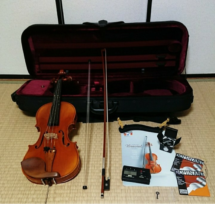 【ジャンク】バイオリン、弦、アンプ、弓、ケース